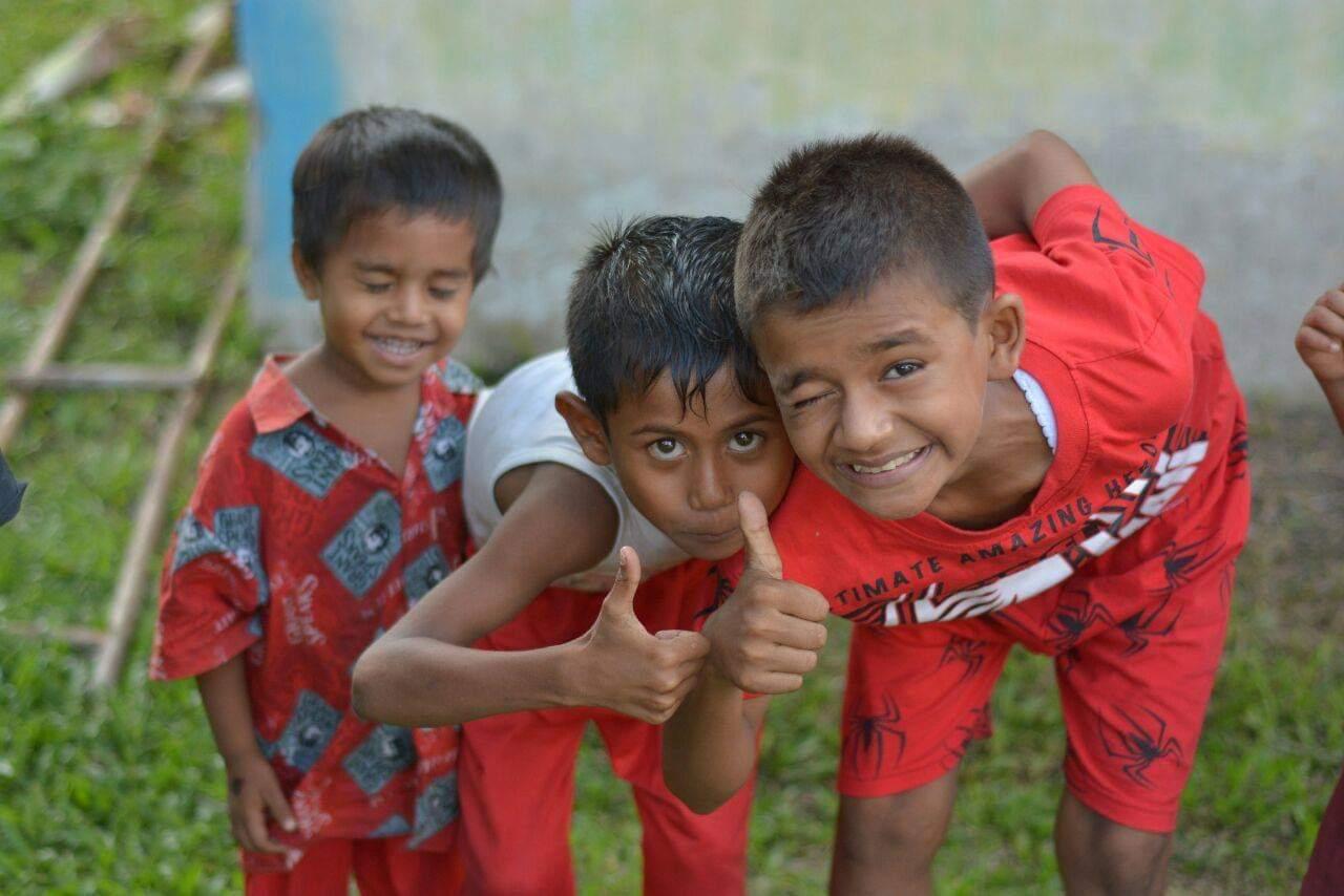 Trois jeune garçon Sri-Lankais
